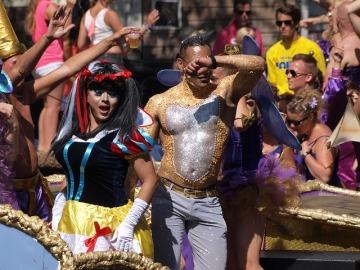 gay-pride-876078_640
